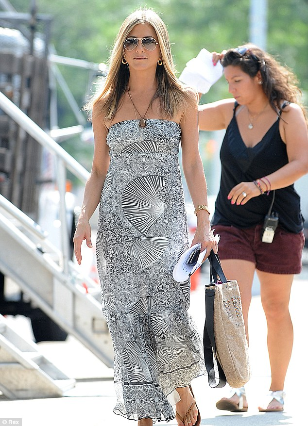 Jennifer Aniston at Cabo San Lucas